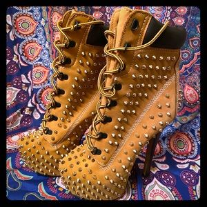 Zigi Girl Gold Studded Boot Heels